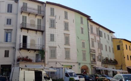 Ristrutturazione a Piazza del Mercato di Spoleto